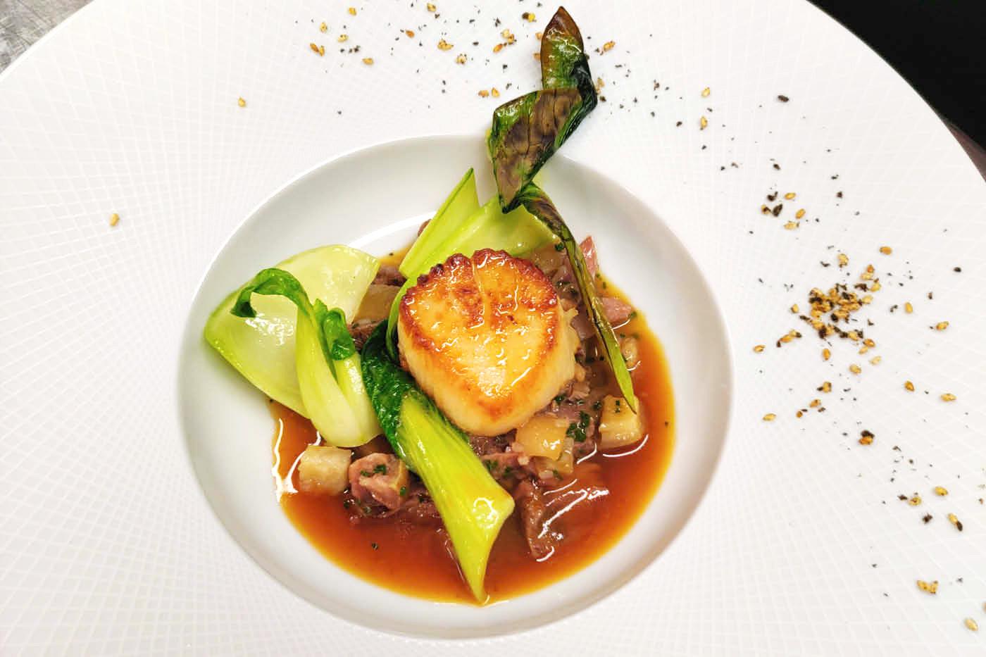 The Crown Inn, Upton food