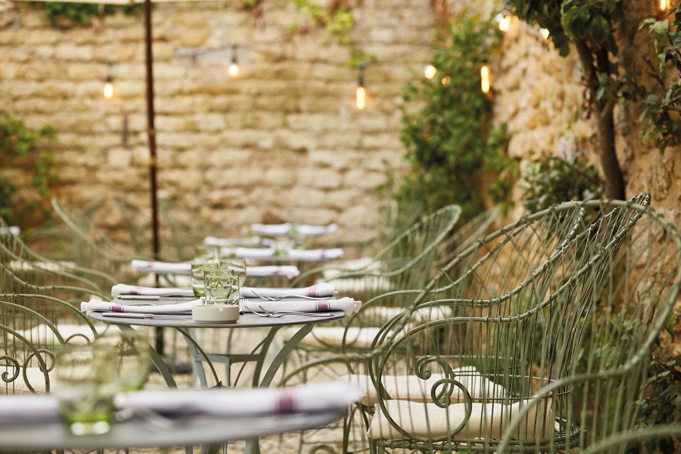 Lord Poulett courtyard