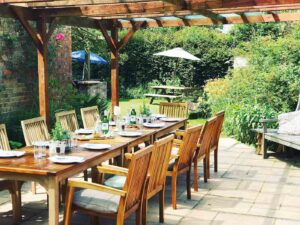 The George & Dragon, Wiltshire alfresco dining